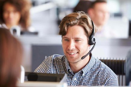 How to Reduce Average Handle Time (AHT) in the Call Center