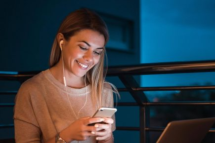 What is IVR and 6 Benefits of Using One In Your Call Center